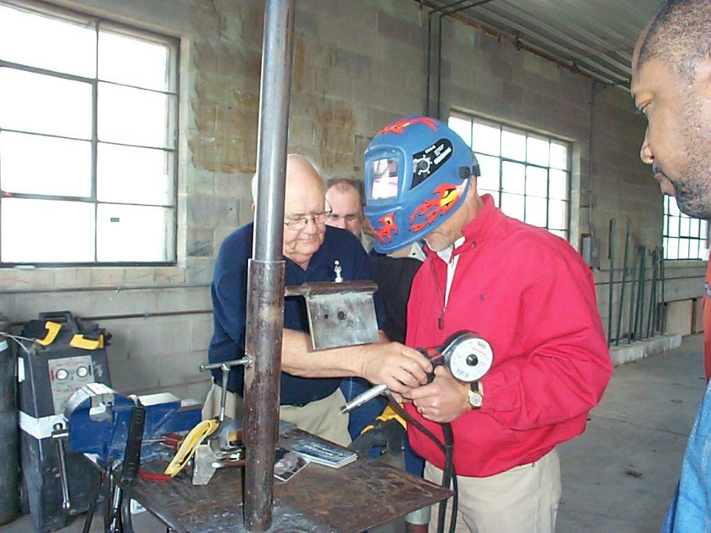 Onsite-welder-training-Lew-Kinney